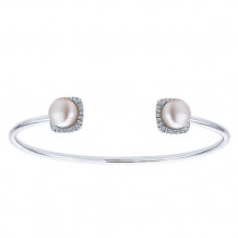 14k White Gold Gabriel & Co. Diamond And Pearl Bangle Bracelet